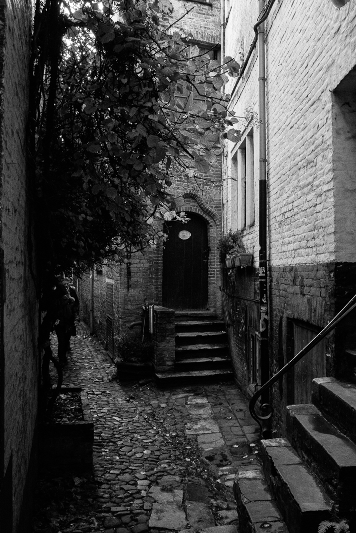 Turn Around - Street travel shot of the smallest street in Brugge, Belgium, 2015