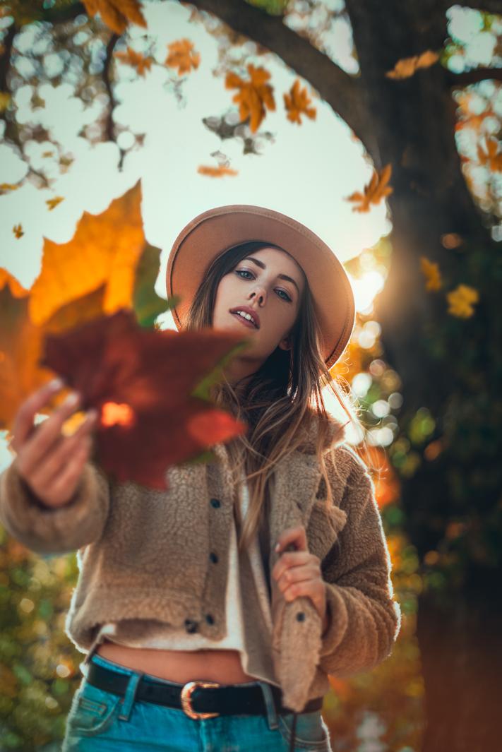 2019 england nature autumn leaves portrait jacob everitt photography-5